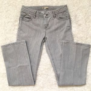 🆕 Listing!  CAbi   Jeans #837R